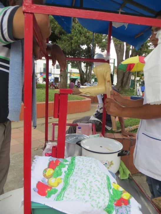 San Agustin -  Making gelatina