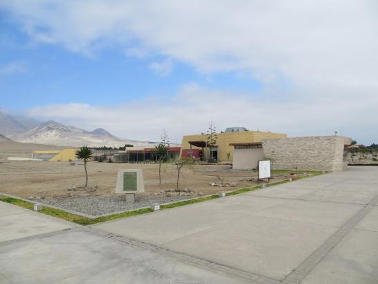 Huaca de la Luna y Sol Museum, very modern