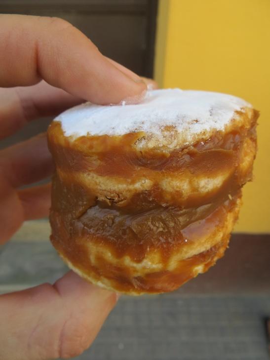 Alfajore - Dulce de leche sure is popular